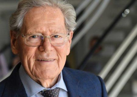 پروفسور هانس کونگ، الهیدان منتقد کاتولیک درگذشت