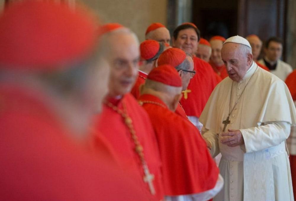 حذف امتیازات ویژه اسقفها و کاردینالها در کلیسای کاتولیک