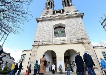 کلیسای لهستان وجود صدها گزارش آزار جنسی خردسالان را پذیرفت