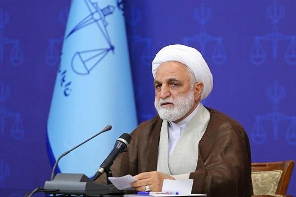 عاملان ترور ۱۷ هزار ایرانی، در دامان مدعیان حقوق بشر زندگی میکنند